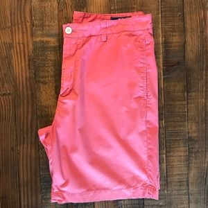 "Men's - Vineyard Vines ""Nantucket Red"" Shorts"